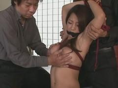 Sexy milf Satomi Suzuki in group act