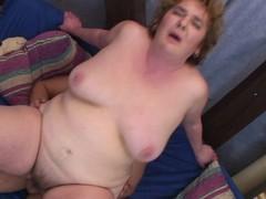 This grey mom loves a hard rod