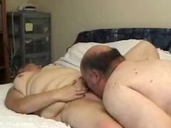 In that sextape is the dark brown babe the one who wishes to scruple at their sex on camera