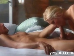 Breathtaking chick Vanessa Cage erotic vagina hunger on the sofa