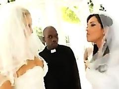 Francesca Le & Julia Ann Unfathomable Anal