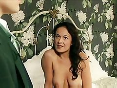 Glamorous Woman has unexpected Lesbo sex