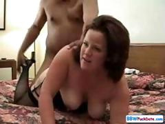 Chunky Annabelle Sucks Negro Pecker