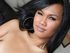 Super sexy lady-man can't live without playing with her fantastic & sexy multitude !
