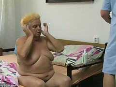 Old chubby granny have a go sex with juvenile guy